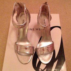 Nine West Silver heels size 5